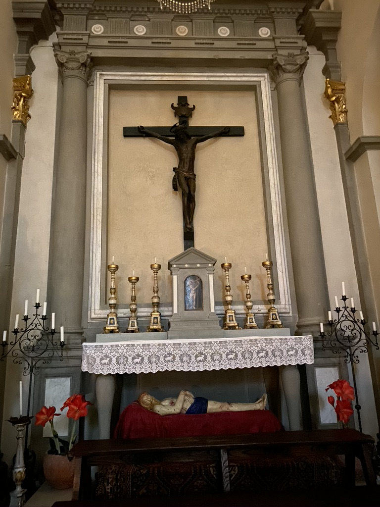 Imprumeta church alter and martyr