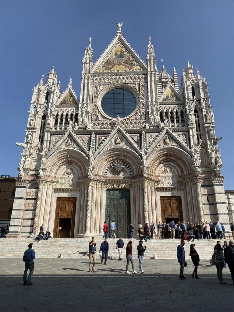 Sienna Cathedral del Santa Maria front